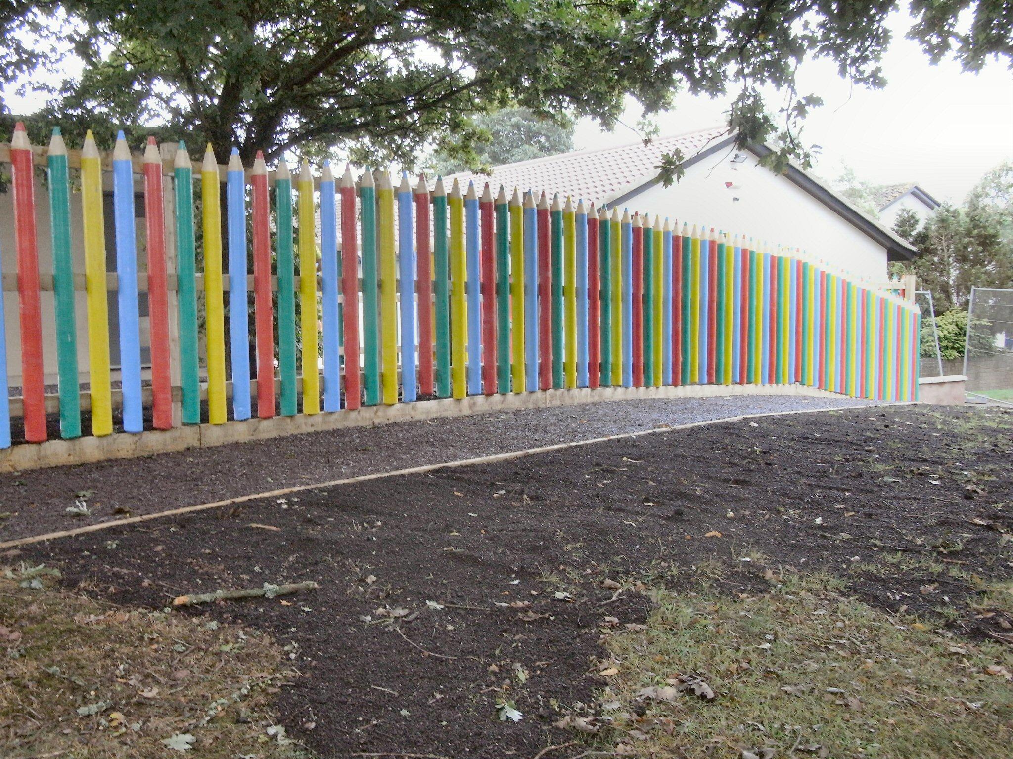 Fencing Abacus Building In Schools